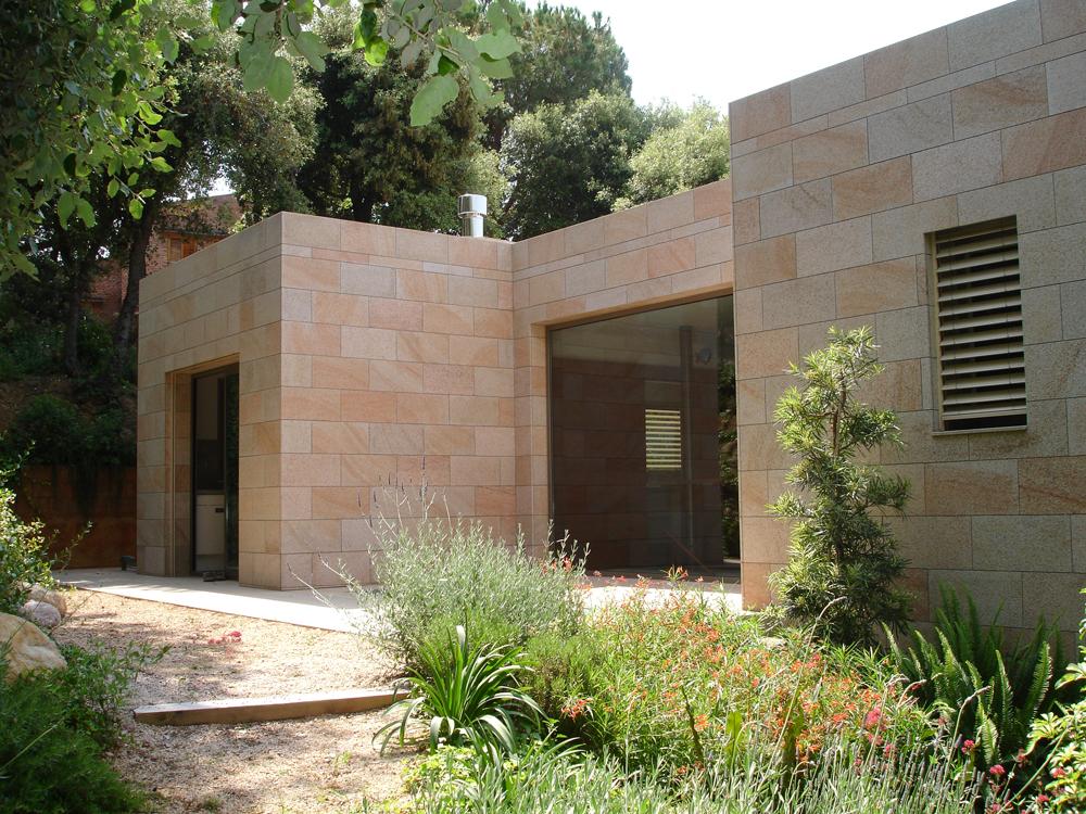 Piedras y Mármoles Almansa - Fachada Granito